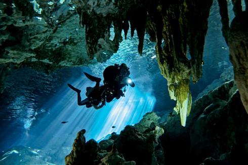 Cave Diving : ดำถ้ำ...ดำน้ำสายผจญภัยที่ต้องอาศัยทักษะขั้นสูง