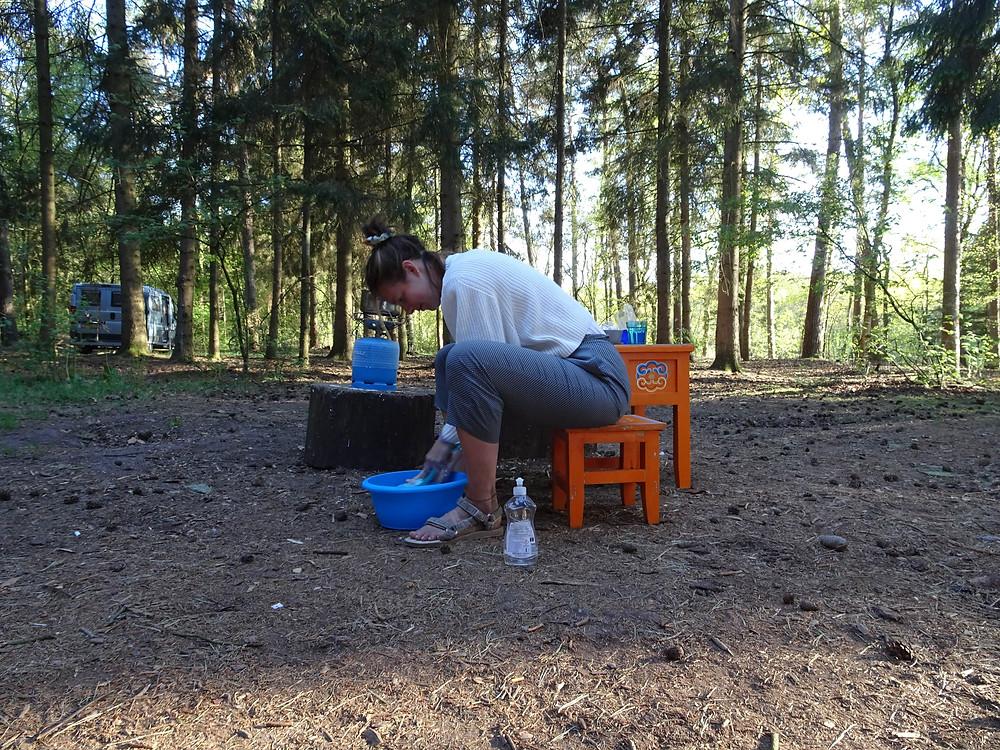 afwassen op de camping