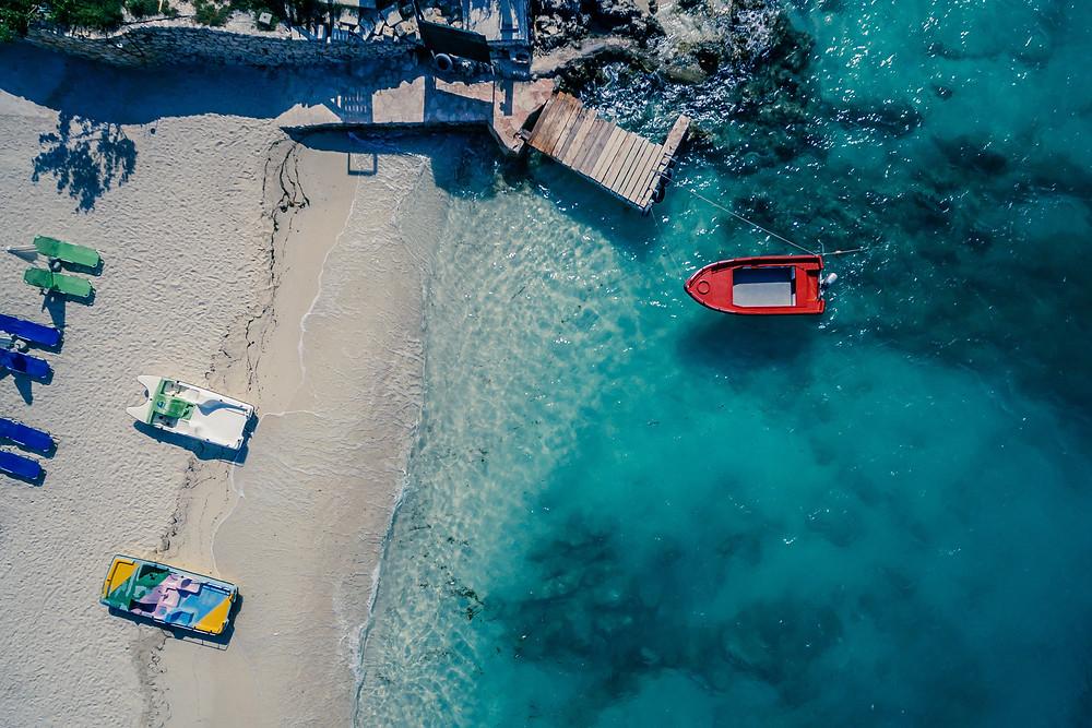 Duurzame camper huren en naar Albanie op vakantie gaan