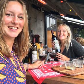 Wijn proeven in de Nederlandse polder bij wijndomein De Koen
