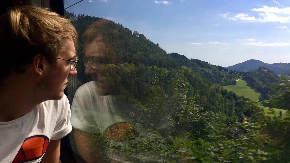 Treinen door Europa