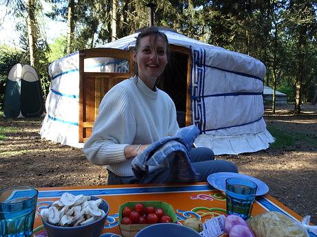 slapen-in-yurt-nederlands-bos-koken.JPG