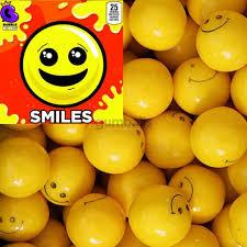 "Smiles Yellow Gumballs (1""/850 count)"