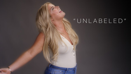"""""""Unlabeled"""" - Isabelle"""