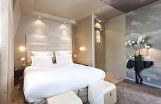 chambre-hotel-doree.JPG