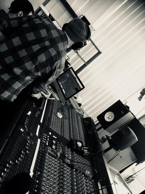 Martin mixing.jpg