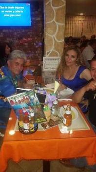 La Tequila con Montañez!! Arriba Leon!!.