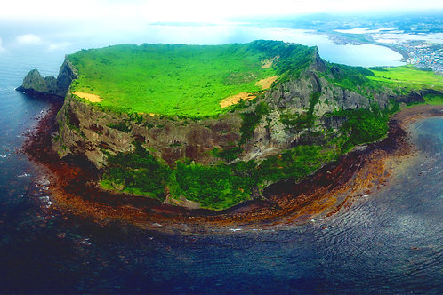 Full-day Jeju Customizable Private tour with Guide & Vehicle