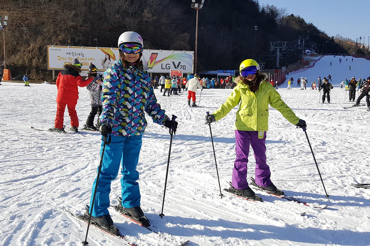 Ski lesson at Gangchon Elysian