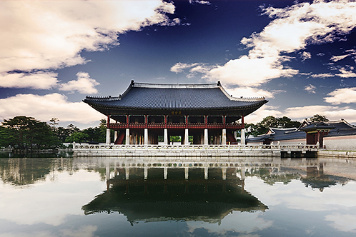Seoul highlight tour for foodies and Nanta show