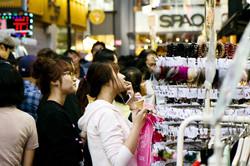 myeongdong_shopping_edited
