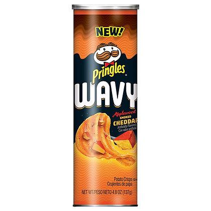 Pringles Wavy Smoked Cheddar 137g