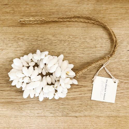 White Shell Hanger
