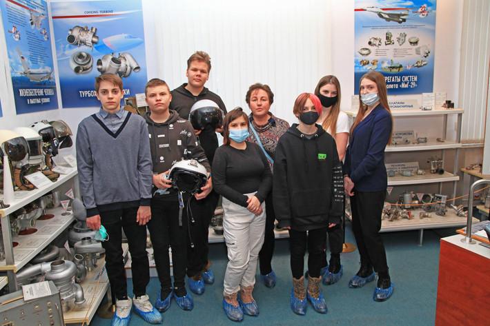 Девятиклассники посетили АО ПКО «Теплообменник»