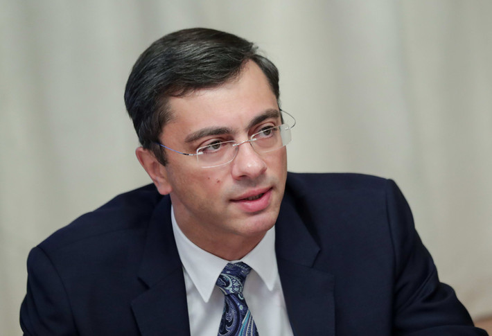 """Владимир Гутенев: """"Улучшение экономической ситуации сегодня во многом зависит от действий глав"""