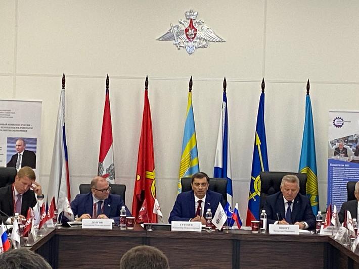 В.Гутенёв: «Совершенствование законодательства в контрактной сфере интенсифицирует формирование зака