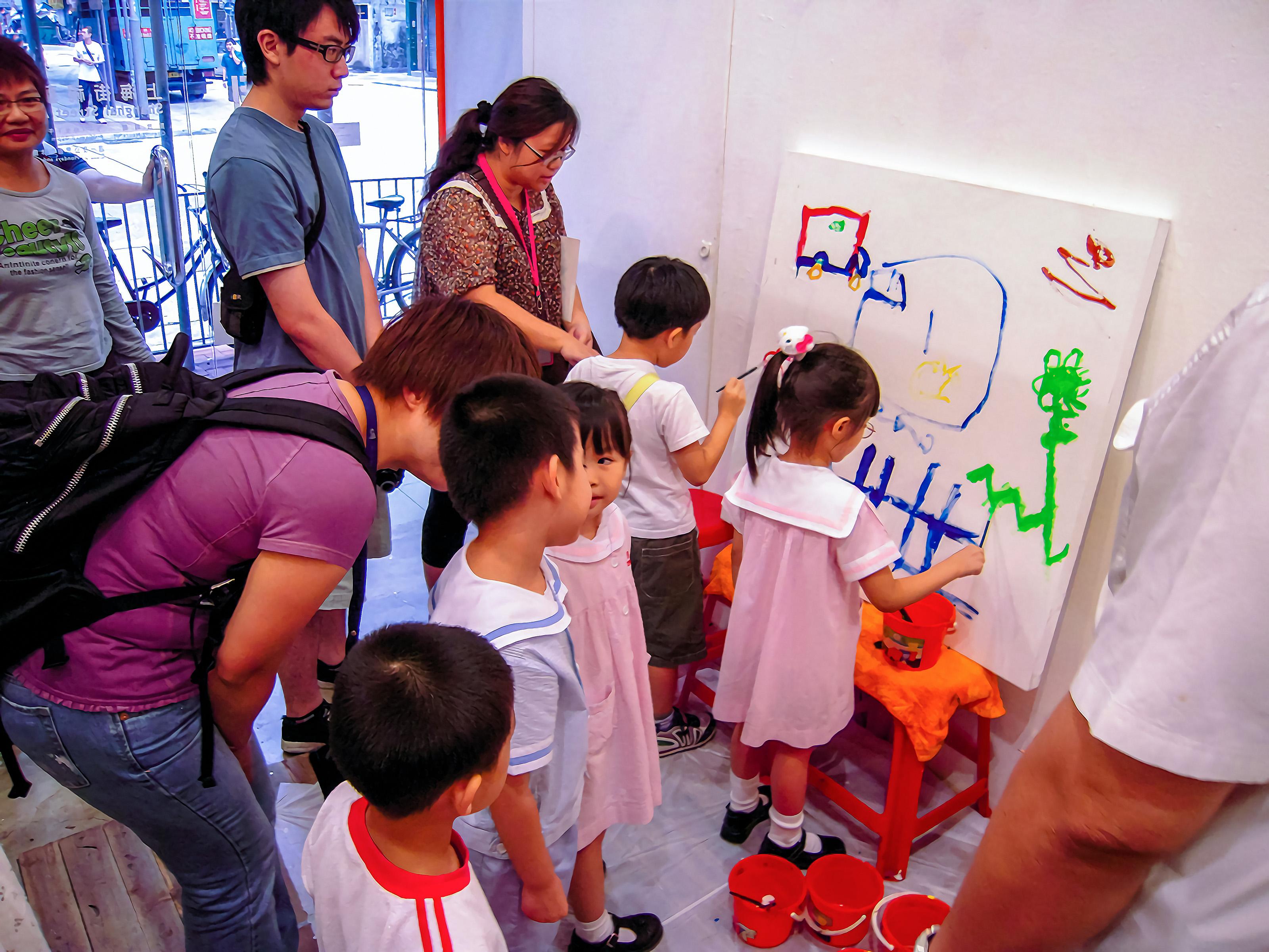 2008_上海街艺术空间和社区人仕交流 3
