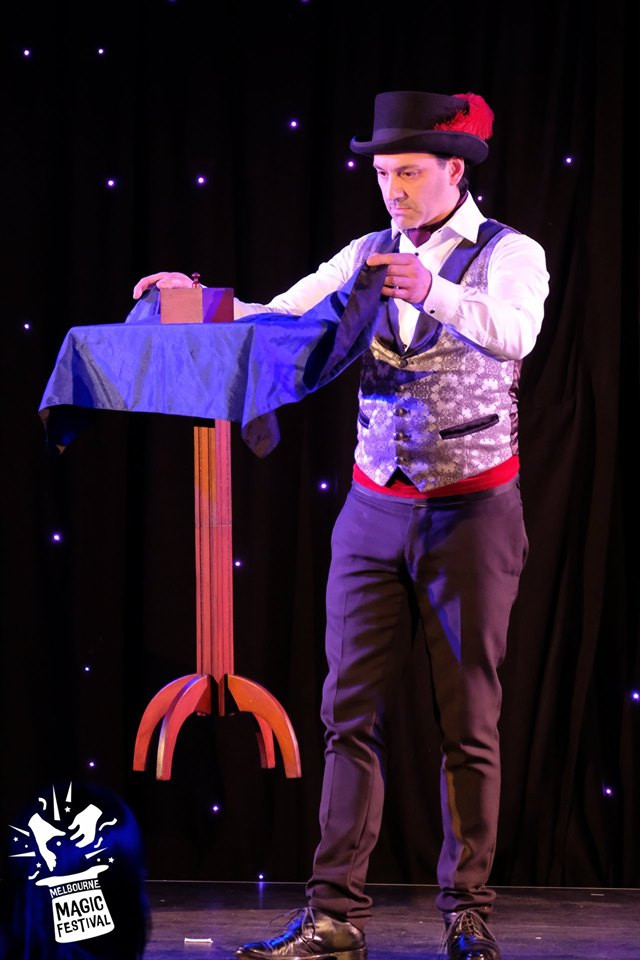 Melbourne Magician Richard Vegas floating table