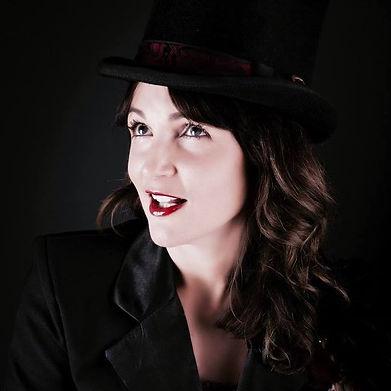 Female magician Julia Madotti Melbourne magician