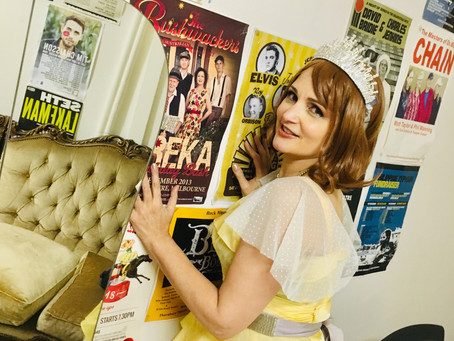 Don't we all love a bit of a Vintage theme at an event? Here I am at the launch ofClub Soda!