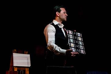 Melbourne Magician Richard Vegas - ESP .