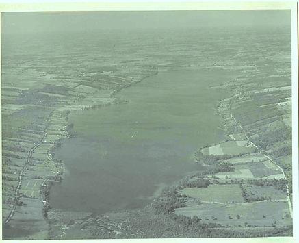 honeoye_lake_looking_north_1940s.jpg
