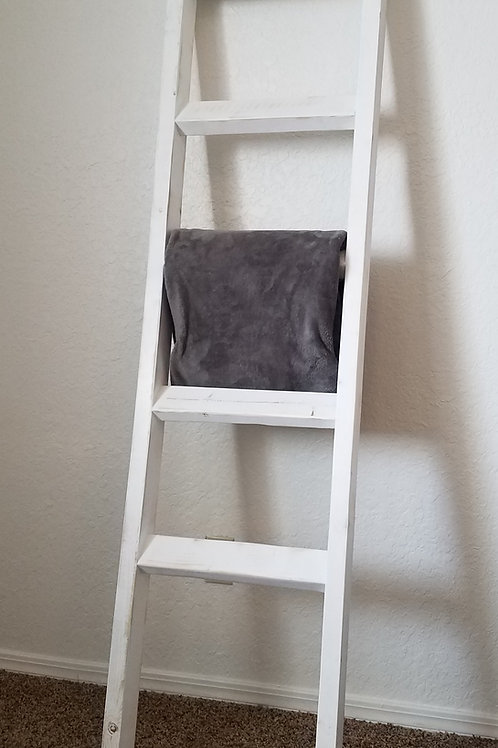 White distressed blanket ladder