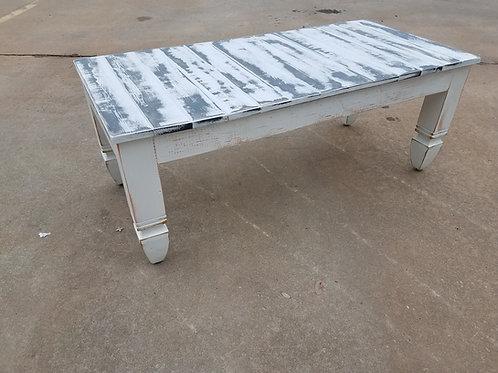 The Savannah farmhouse coffee table