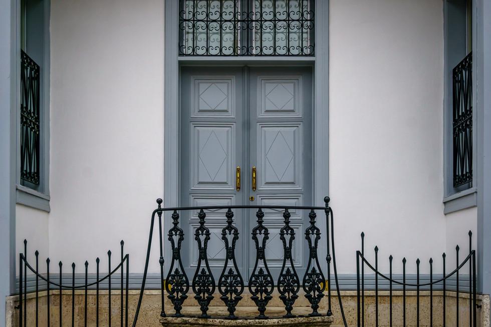Porta frontale -Casa di Rida Big