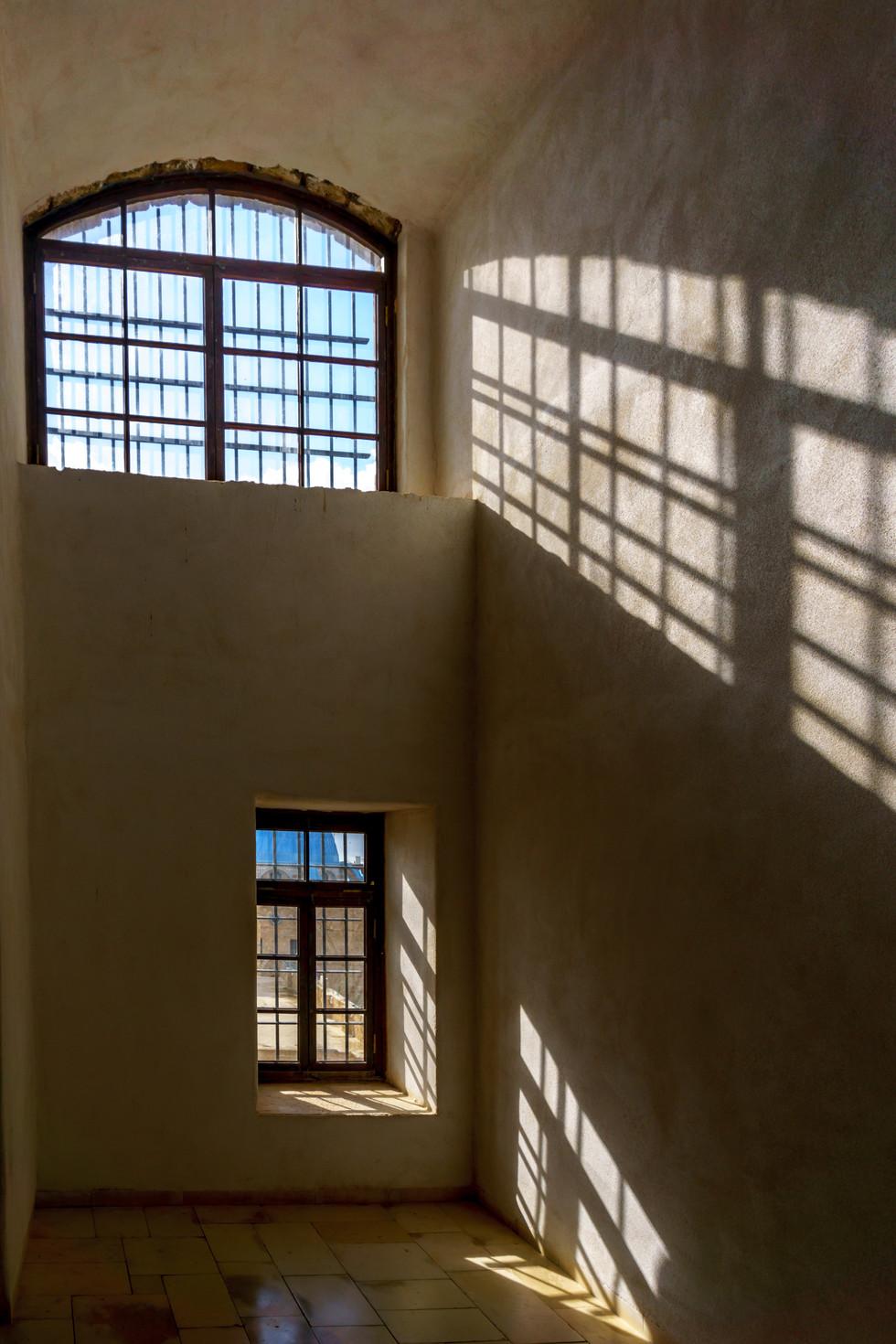 Vista di ona delle celle che conteneva alcuni dei primi credenti che accompagnarono Baha'u'llah