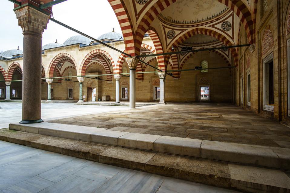 Selimiye Mosque - Inner courtyard