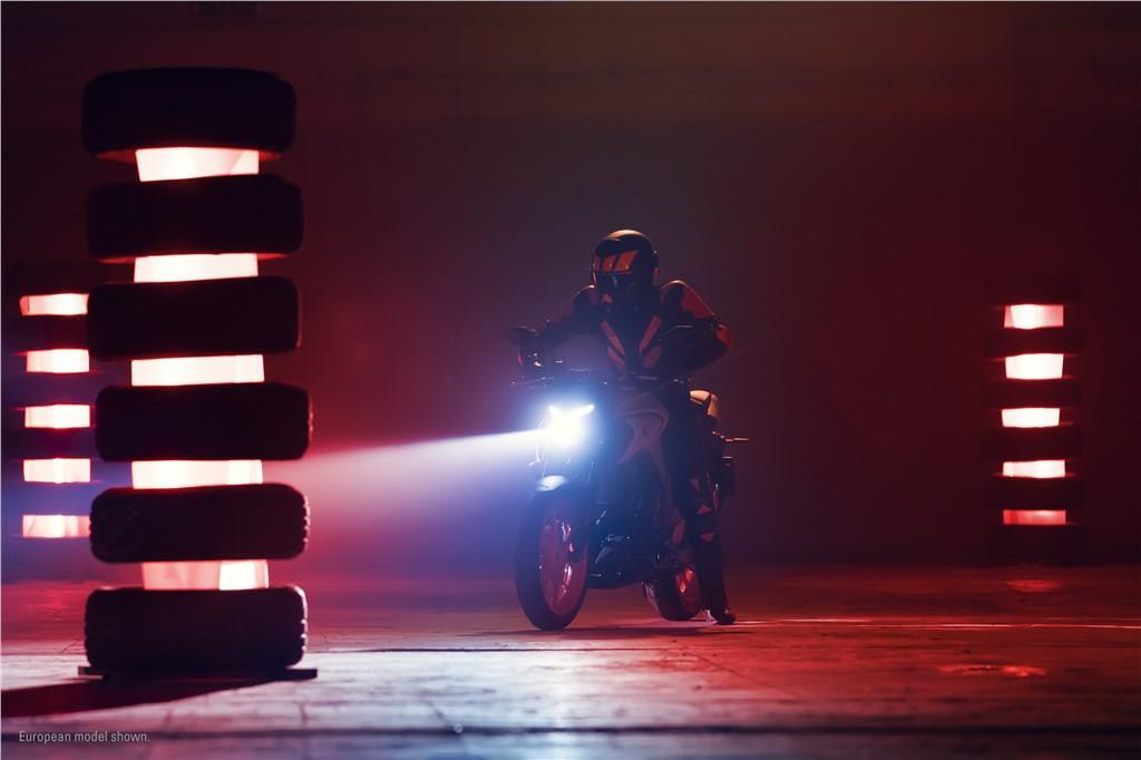 Yamaha MT-03 (8).jpg
