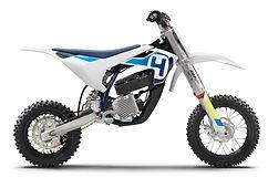 2020-Husqvarna-EE-5-First-Look-Electric-
