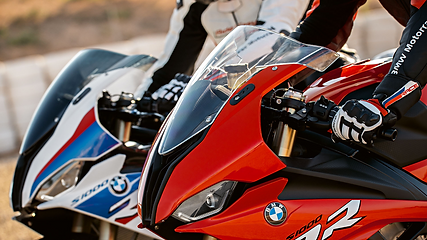 BMW S1000RR Image(200401780).png