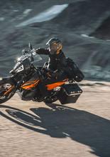 2021-KTM-890-Adventure-4.jpg