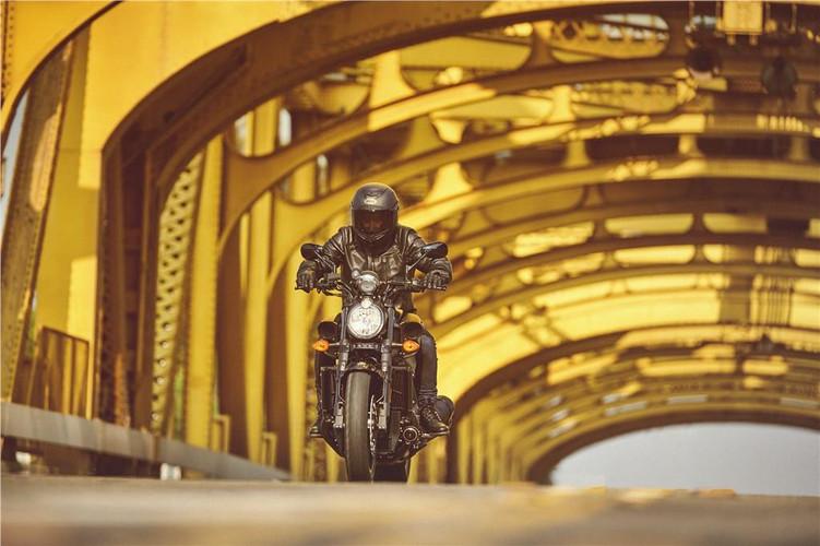 Yamaha VMAX (4).jpg