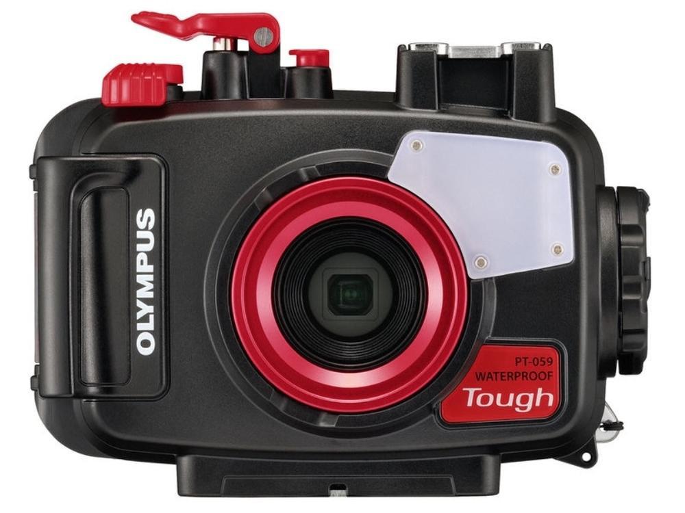 Originální ochranné podvodní pouzdro Olympus PT-059 je primárně určené pro fotoaparát TG‑6, kterému umožní bezproblémové fungování v hloubce až 45 metrů. Pouzdro umožňuje rovněž připojení externích podvodních blesků a připevnění podvodních předsádek.