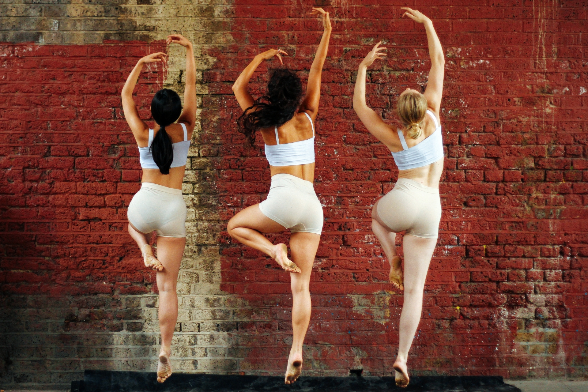 TEMPERED BODY DANCE THEATRE
