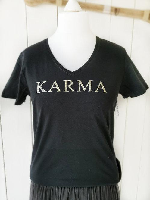 """Schwarzes V-Shirt """"Karma"""""""