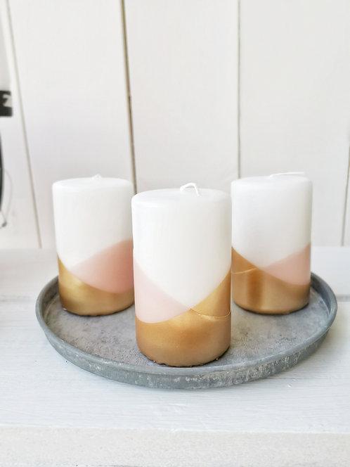 Kerzen mit Gold und Rosa
