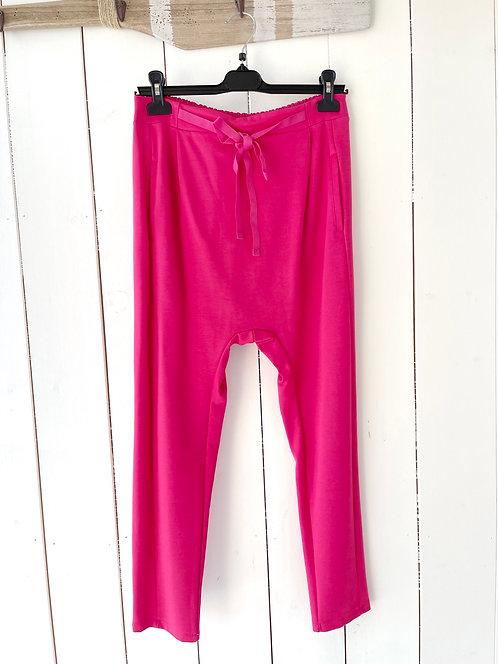 SALE Esvivid - Bequeme Jogpant mit tiefem Schritt - Pink