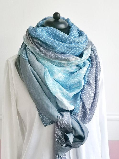 Traumschönes riesiges Tuch mit Seide - türkis-blau