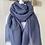 Thumbnail: Großes, weiches, blaues Schal-Tuch mit ganz kleinen Ziehfäden.