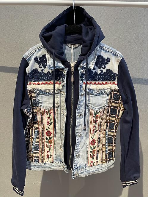 SALE  - Hochwertige Jeansjacke mit Sweatshirt