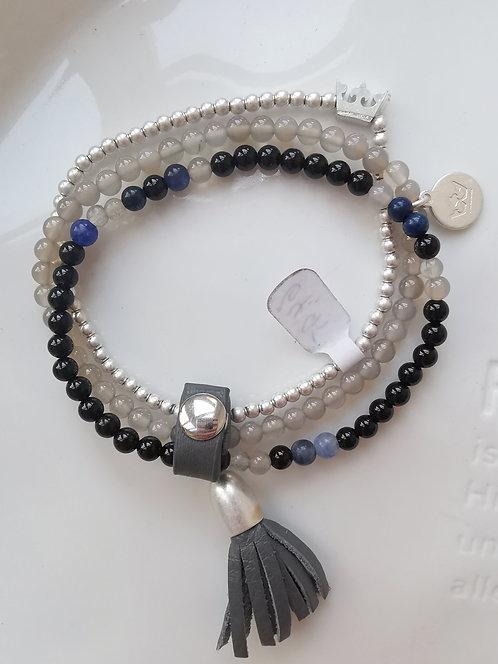 Superschönes Armband, schwarz, lila, silber und Lederanhänger von Sence