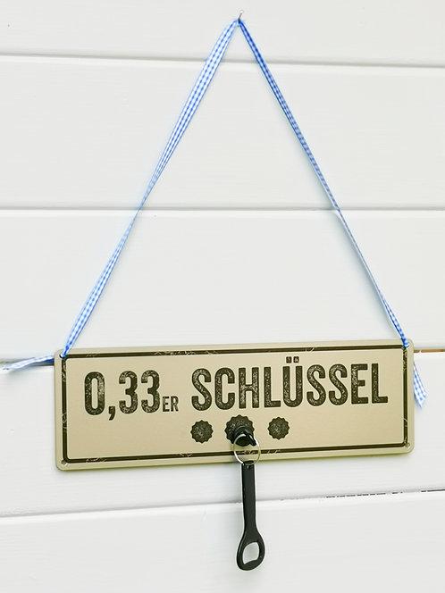 Schild mit Magnethaken & Flaschenöffner - 0,33-Schlüssel