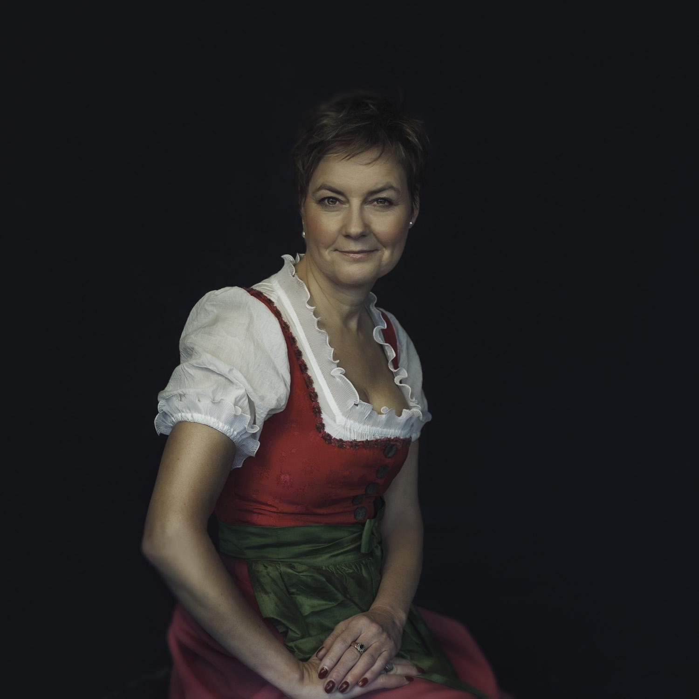 Angela-94-4ASk