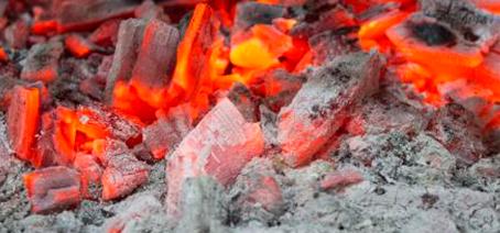 ¿Cómo utilizar de manera correcta el carbón para los asados?
