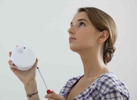 Detectores de humo domésticos: una buena solución para detectar incendios en forma oportuna.