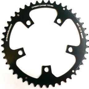 5-Arm/110mm Chainring: 52T Black